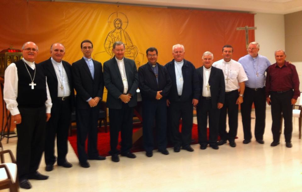 Bispos do Regional Sul 4 e Presidência juntos arquivo pessoal de dom Onécimo