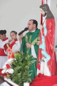 Padre Isaltino é o novo vigário na Paróquia São Vicente, em Itajaí.