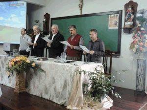 Reunião do clero em maio de 2015