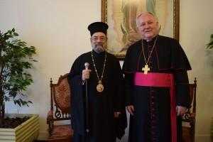 Dom Tarasio com Dom Wilson na residência episcopal.