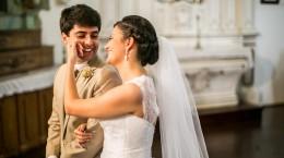 """""""Transmitir o amor das mais variadas formas"""", destaca o casal Larissa e Pedro"""