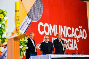 O Arcebispo de Aparecida, Dom Raymundo Damasceno Assis, na abertura do encontro, dia 14