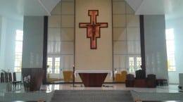Altar da Matriz da Paróquia São Judas Tadeu, de Brusque