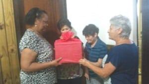 Dona Irene (D), com Neuzeli, Juraci e Silvana, integrantes da Equipe Solidária, de Itajaí