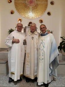 Da esq. para dir.: Padres - José Besen, Olívio e Hélio da Cunha